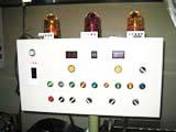 この機械が海苔(のり)の枚数を決めます